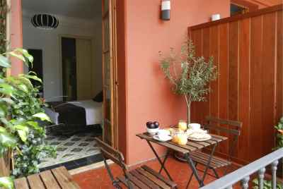 Renovated apartment with touristic license in the centre of Barcelona